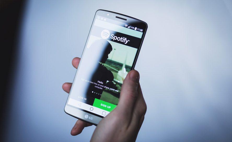 Spotify files complaint against Apple