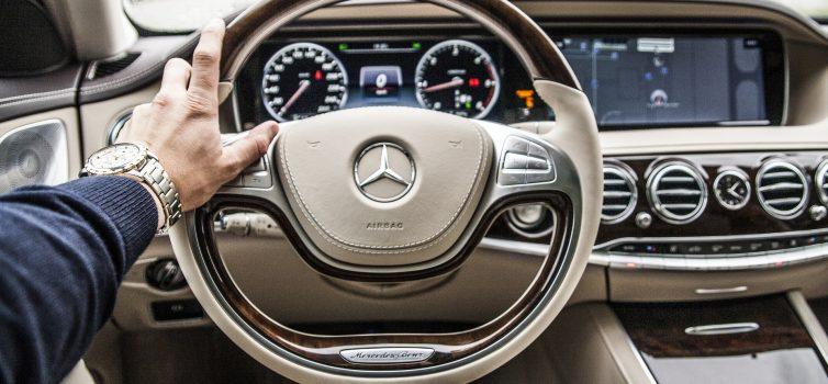 Bosch und Mercedes entwickeln autonomes Parken