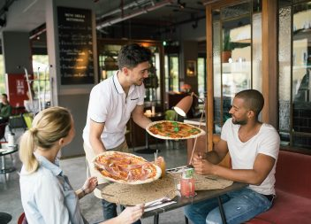 Digital transformation: Sourcify.net digitizes the purchasing of L'Osteria