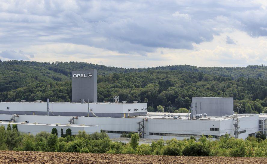 Opel hat Werk in Eisenach wieder in Betrieb genommen