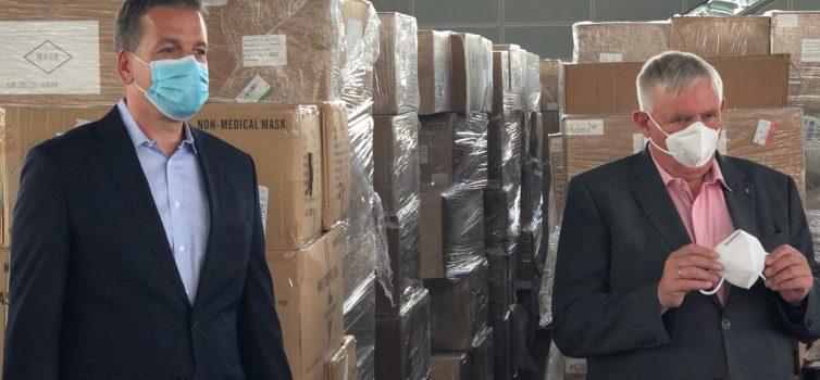 Pressetermin mit Minister Laumann im Maskenlager