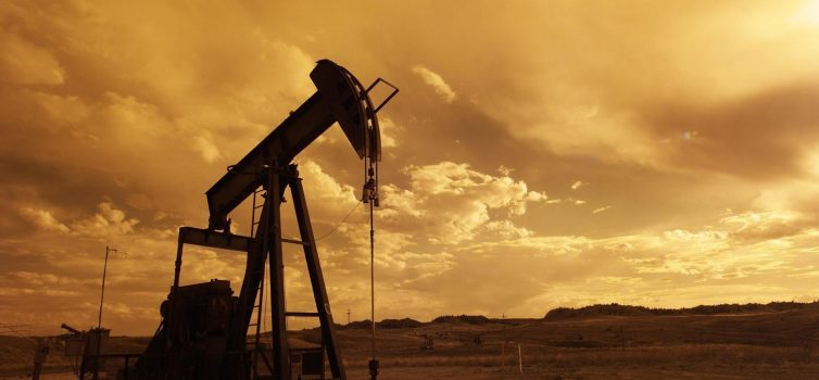 OPEC+ maintains production cuts